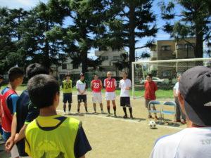 つい最近までここでポールを追いかけていた、ISSのサッカー部OBたちも、後輩たちと一緒で嬉しそうです。