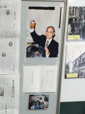 ホームカミングデイの冒頭、2016/08/27土に逝去された若林 克壽 先生(数学、副校長)に、来場者全員で黙祷を。昭和40年4月~平成12年3月在任、担任受持ち期17・19・20・24・28・30・34・38・42・48期。